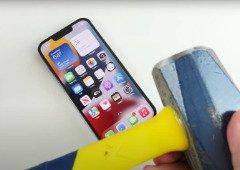 iPhone 13 Pro sofre com martelo em teste de resistência (vídeo)