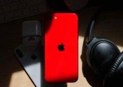 iPhone SE 2020 está com um belo desconto. Aproveita antes que acabe