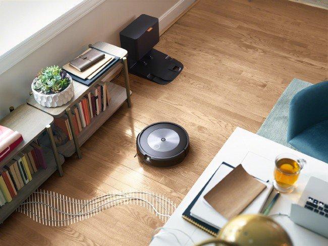 Roomba j7+ vacuum cleaner from iRobot