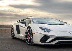 Lamborghini publica foto de super carro híbrido