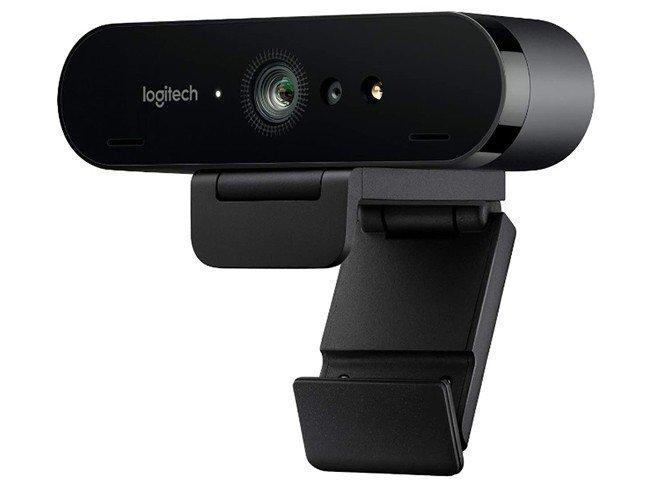 Webcam Logitech Brio em fundo branco