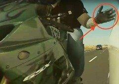 Tesla: motociclista apanhado pelas câmaras a partir o retrovisor é apanhado pela polícia (vídeo)