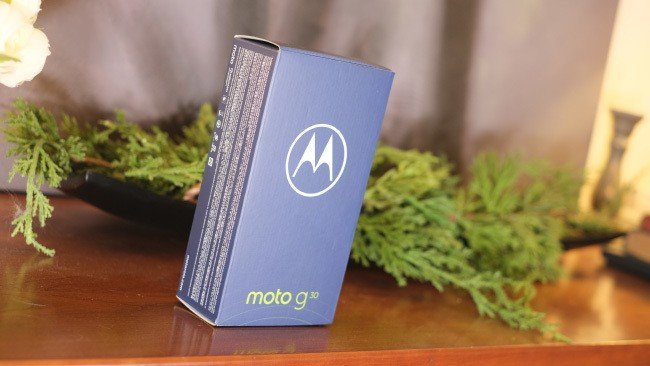 Motorola Moto 30