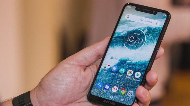 4f7517ccab Os 8 melhores telemóveis se queres gastar até 200€ (atualizado em ...