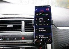 Não tens Android Auto no teu carro? Esta aplicação grátis resolve o problema! (APK da Google)