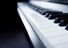 OnePlus cria piano utilizando 17 unidades do OnePlus 7T Pro