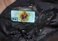 OnePlus Nord 2 volta a explodir, desta vez no bolso de um utilizador na Índia