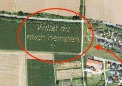 Pedido de casamento épico é tão grande que pode ser visto no Google Maps!