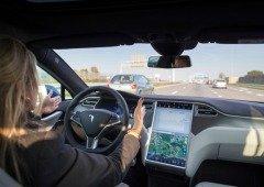 Piloto automático da Tesla é capaz de detetar meteoritos? Condutor diz que sim