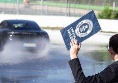 Porsche Taycan entra para o livro dos Guinness World Records com prestação inesperada!