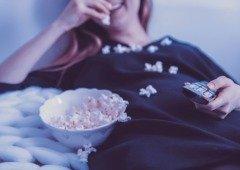 Preso em casa? 10 séries que vale a pena ver na Netflix e Apple TV+
