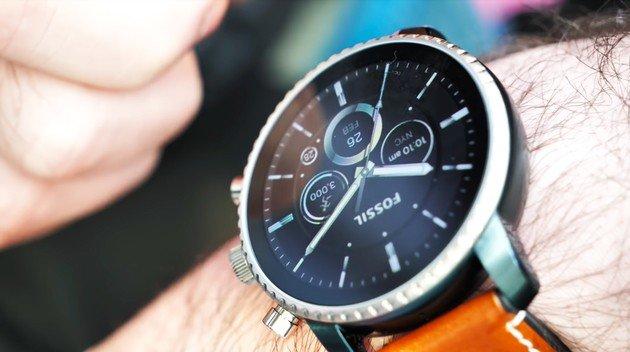 Relógio smartwatch WearOS Fossil