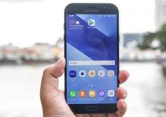 Samsung Galaxy A7 (2017) começa a receber a atualização Android Oreo
