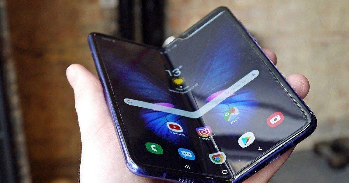 Samsung Galaxy Fold  2  Rốt cuộc nó có thể không mang lại phụ kiện cần thiết 3