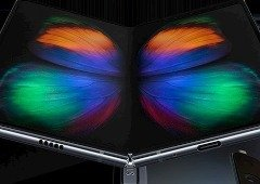 Samsung Galaxy Fold apanhado nas mãos de utilizador anónimo
