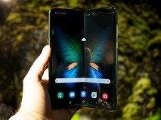"Samsung Galaxy Fold: vídeo mostra queda ""mortal"" do smartphone dobrável"