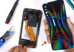 Samsung vai passar a usar mais cola no fabrico de telemóveis. Entende porquê