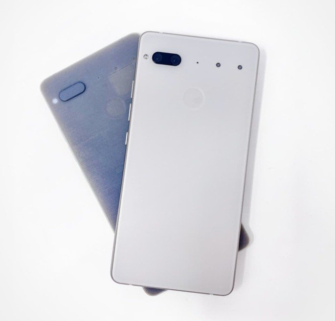 Essential Phone PH-2 (nunca revelado)