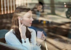 Sony lança earphones com cancelamento de ruído para destronar os Airpods