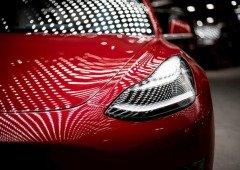 """Tesla começa a """"atacar"""" aqueles que modificaram os seus carros"""