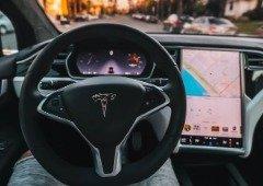 Tesla devolve funcionalidades ao utilizador que comprou um Model S em segunda mão