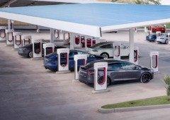 Tesla garante 120km em apenas 5 minutos com as novas estações Supercharger