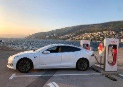 Tesla já tem 6 mil Superchargers na Europa. Portugal continua a crescer