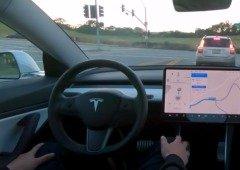 Tesla lança demo impressionante de piloto automático
