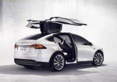 Tesla manda recolher quase 10,000 carros depois de vídeo polémico!