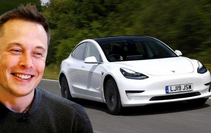 Tesla, liderada por Elon Musk, é a grande referências nos carros elétricos