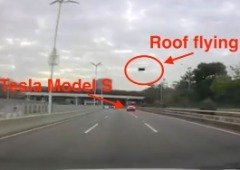 Tesla Model S perde tejadilho em plena autoestrada! (vídeo)