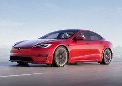 Tesla Model S Plaid arrasa recorde oficial do Porsche Taycan em Nürburgring (vídeo)