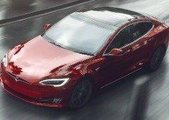 Tesla Model S volta a bater recorde de autonomia e deixa o seu maior rival para trás!