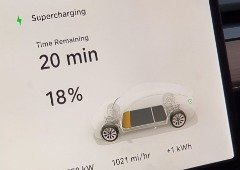 Tesla: primeira estação Supercharger V3 chega finalmente à Europa!