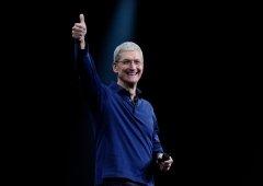 Apple - Liderança de Tim Cook poderá revelar-se (outra vez) incoerente