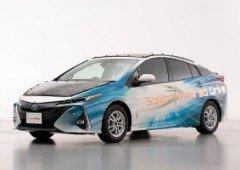 Toyota testa teto solar capaz de carregar o carro durante a condução