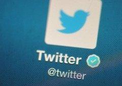 """Twitter traz de volta o """"crachá azul"""" em 2021 com novas regras"""
