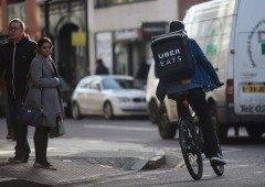 Uber Eats: motoristas no México protestam contra condições de trabalho devido a mortes e lesões