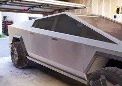 Vai o Tesla Cybertruck caber na tua garagem? Esta aplicação mostra-te o carro em tamanho real