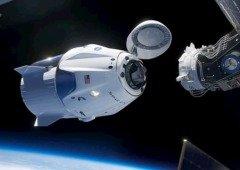 """Vê em DIRETO o """"estacionamento"""" dos astronautas da NASA na Estação Espacial Internacional"""