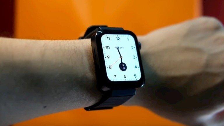 Xiaomi Mi Watch: vídeo de unboxing mostra um 'Apple Watch com barriga de cerveja'